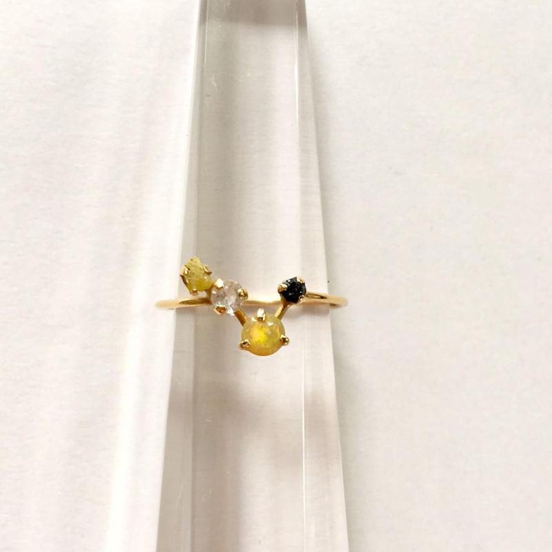 Tiny juicy ring / zodiac 4 stones