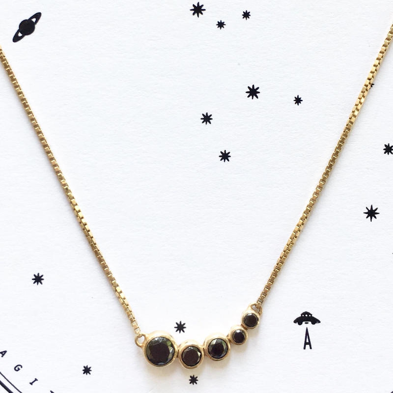 5Raindrops necklace/ Black Zircon