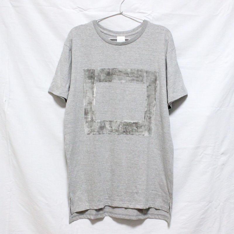 「□ - 001」Tシャツ / gray