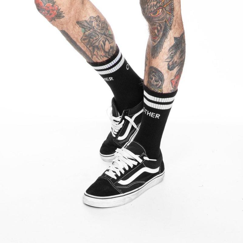 OTHER UK / STRIPE SOCKS / BLACK