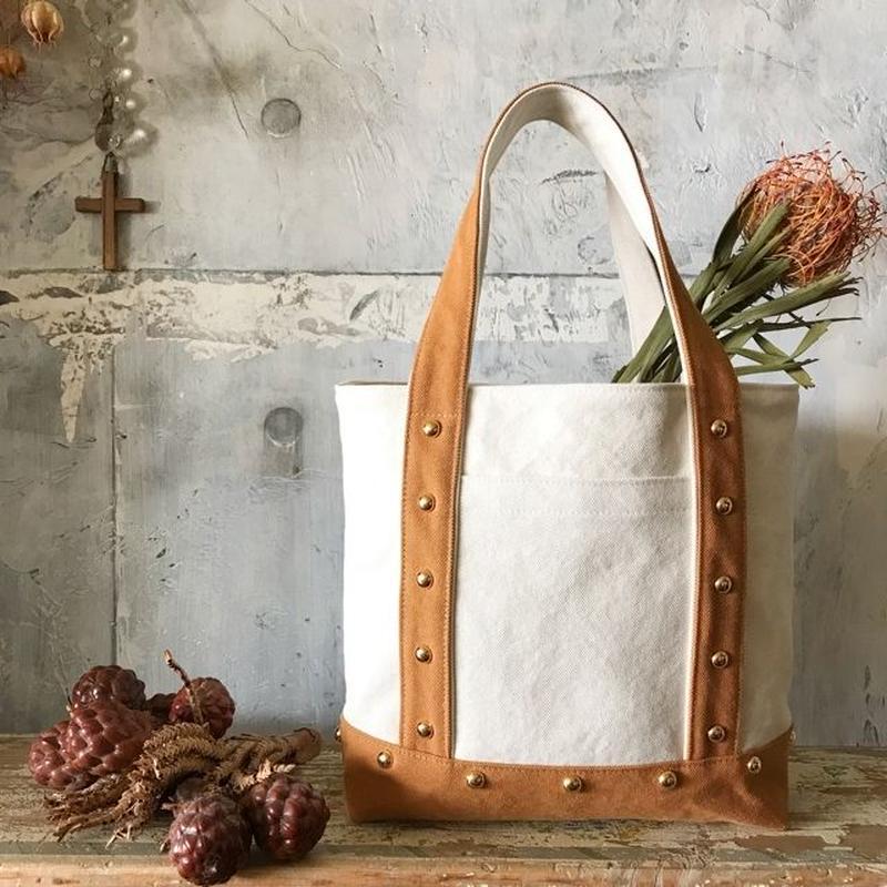 canvas tote bag  medium (camel&white)