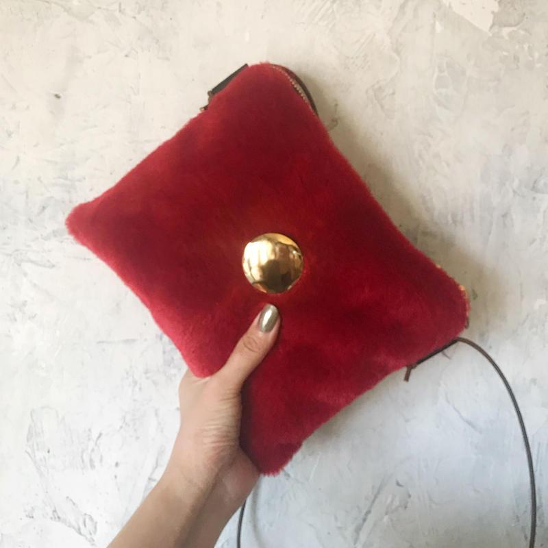 fur shoulder  bag (red)