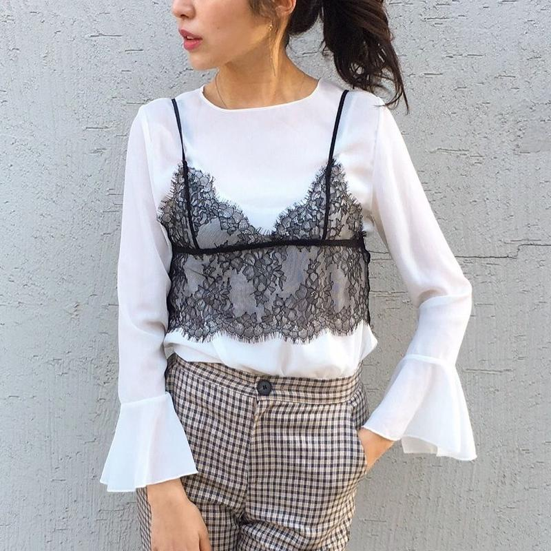 Blouse × Lace Bustier