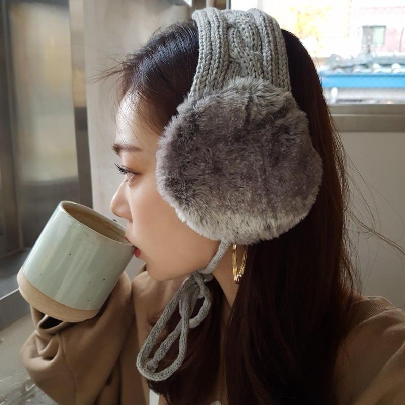 knit earmuffs / gray