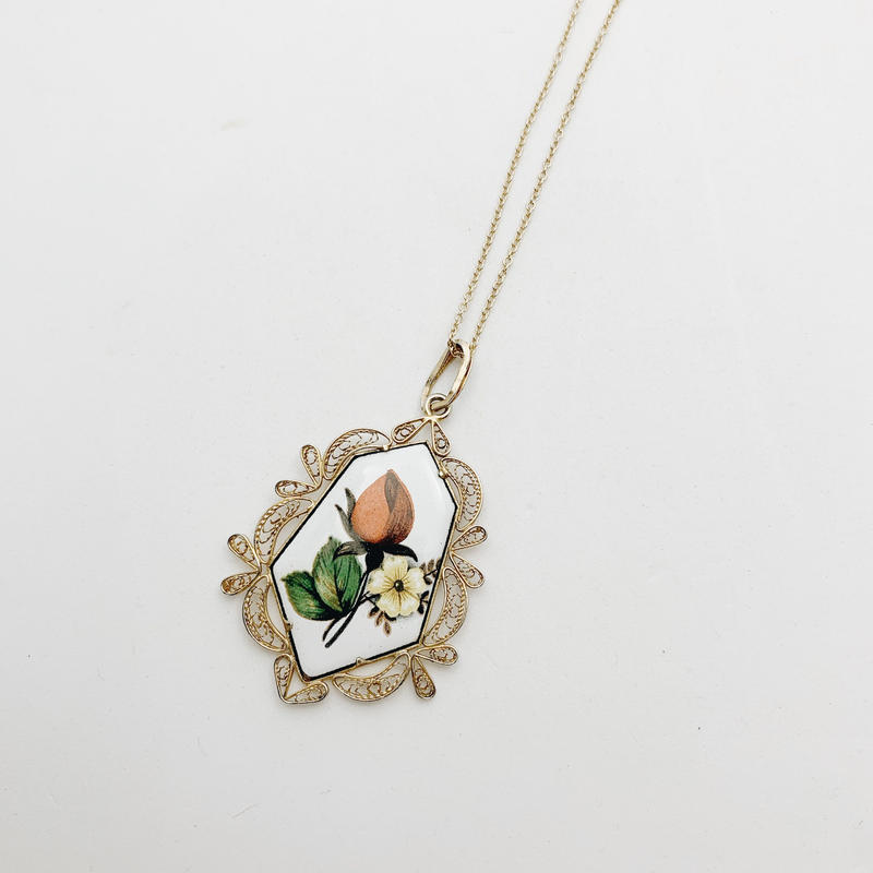 used charm necklace