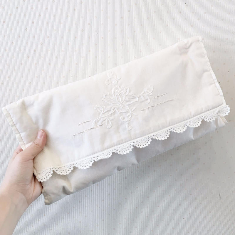 white cotton clutch bag