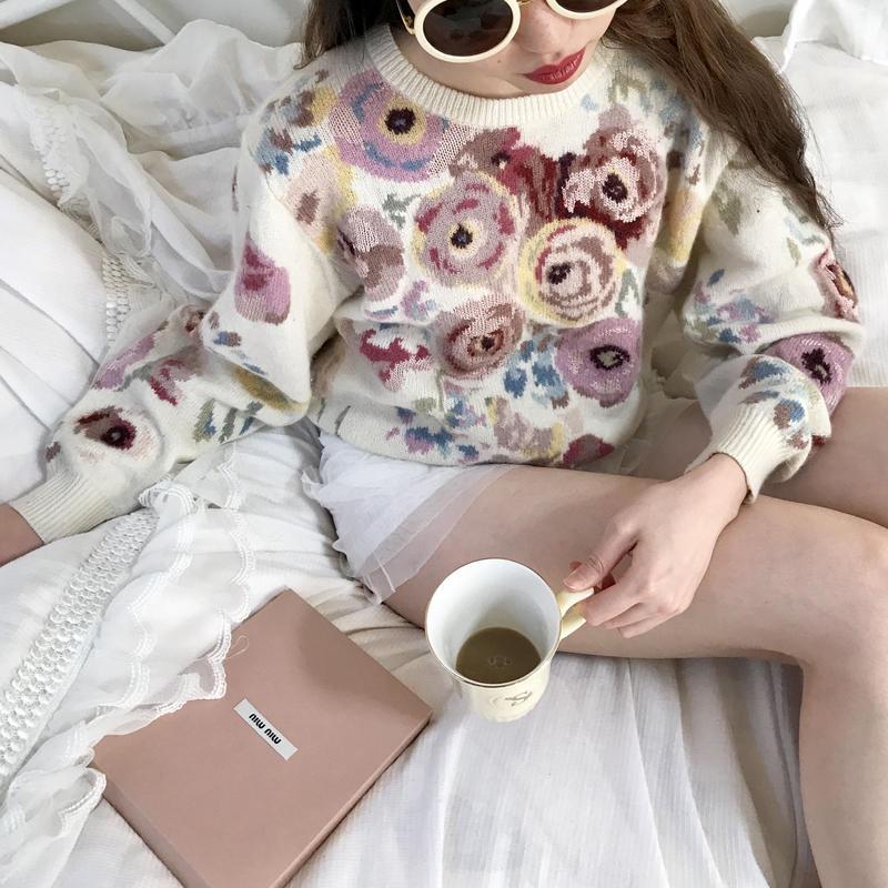 vintage flower pattern  knit