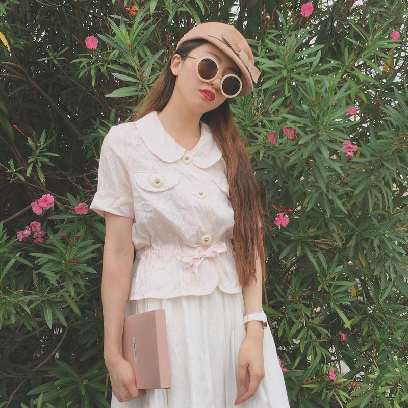 vintage flower button stripe blouse