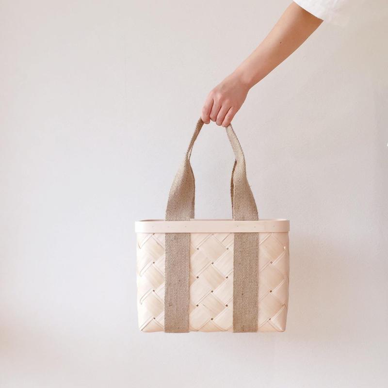 白樺のかごバッグ