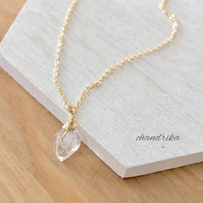 ハーキマーダイヤモンドのひと粒ネックレス
