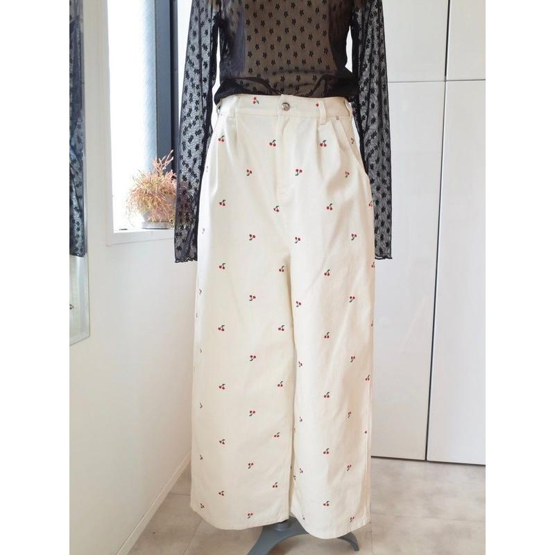 SOWA | 「floating cherry」Floating Cherry  trousers