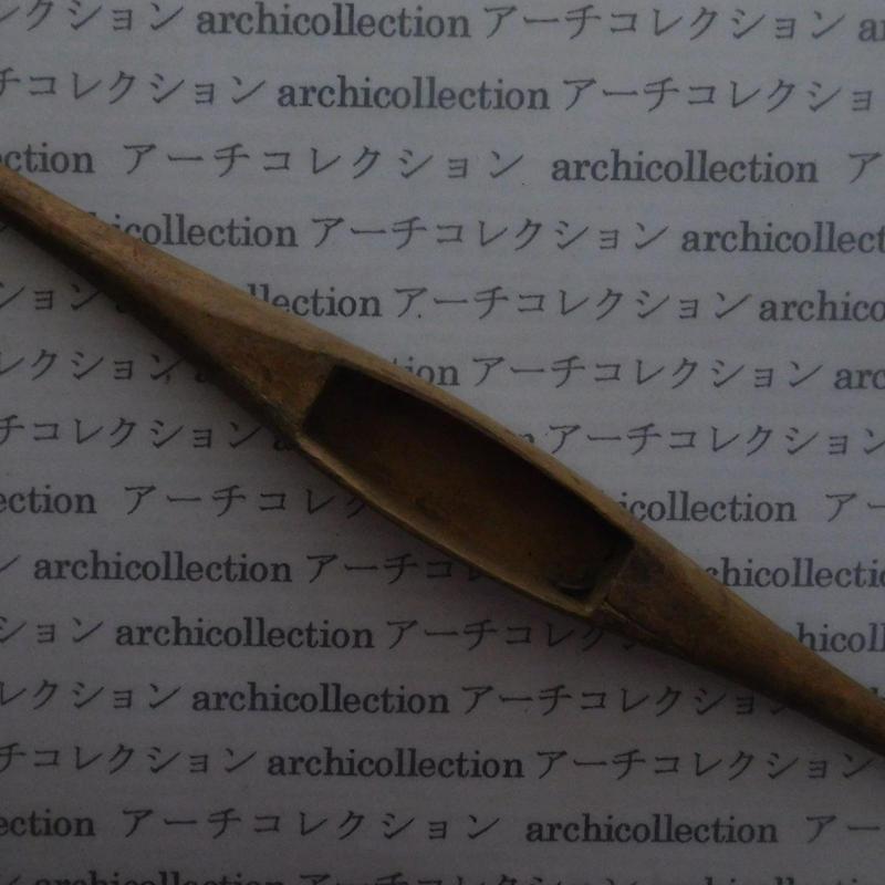 織り 織機 シャトル 杼 ストアーズno.143 3.8x4x3 cm shuttle 木製 オールド コレクション  のコピー