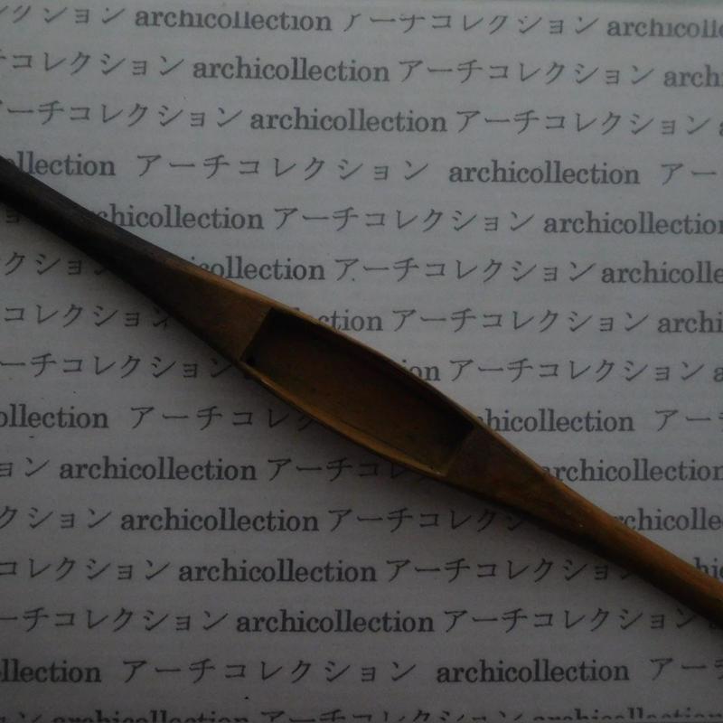 織り 織機 シャトル 杼 ストアーズno.98 4.2x3.5x2.4 cm shuttle 木製 オールド コレクション  のコピー