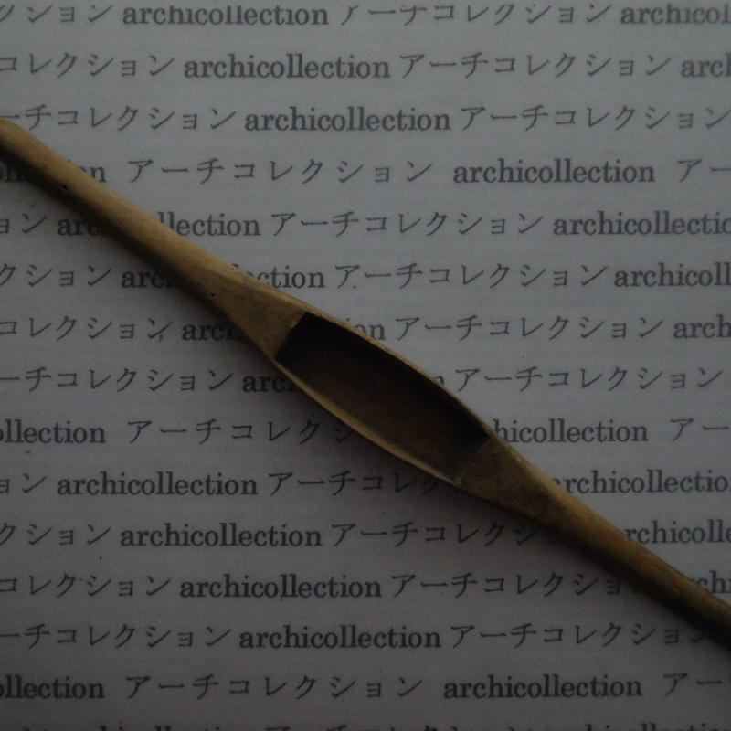 織り 織機 シャトル 杼 ストアーズno.62 4x3.3x2 cm shuttle 木製 オールド コレクション  のコピー