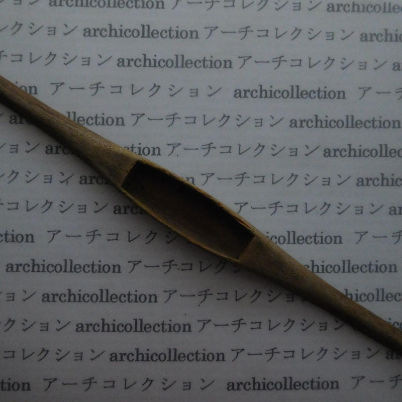 織り 織機 シャトル 杼 ストアーズno.57 4x3.5x2 cm shuttle 木製 オールド コレクション  のコピー