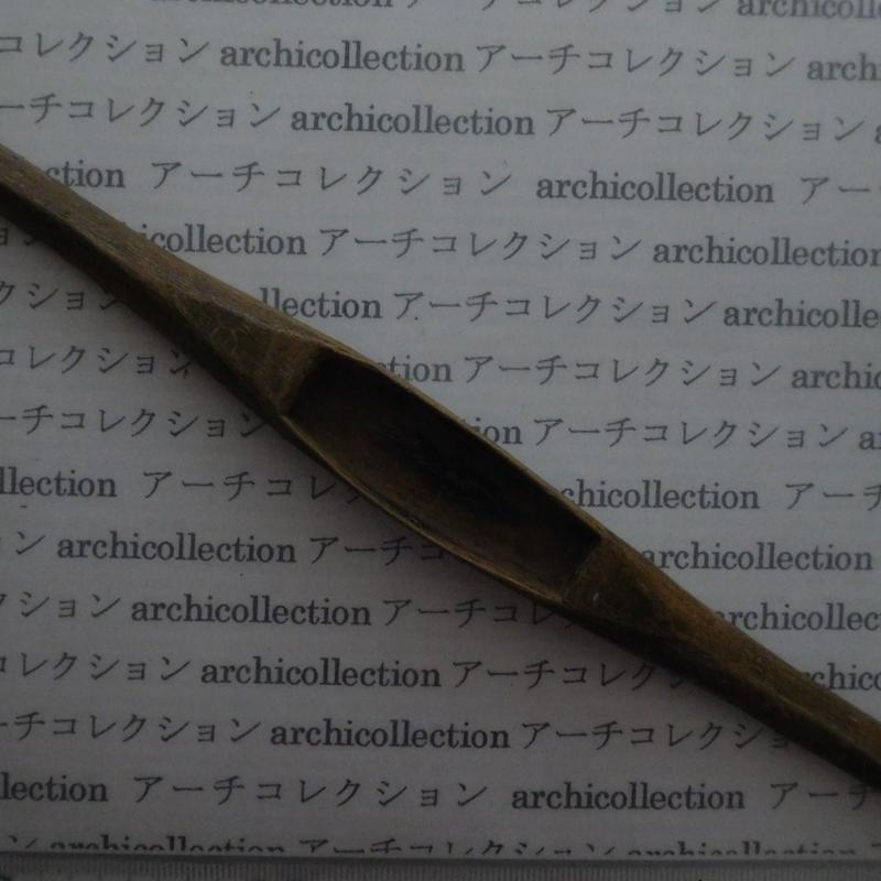 織り 織機 シャトル 杼 ストアーズno.107 4.3x3.6x2.6 cm shuttle 木製 オールド コレクション  のコピー