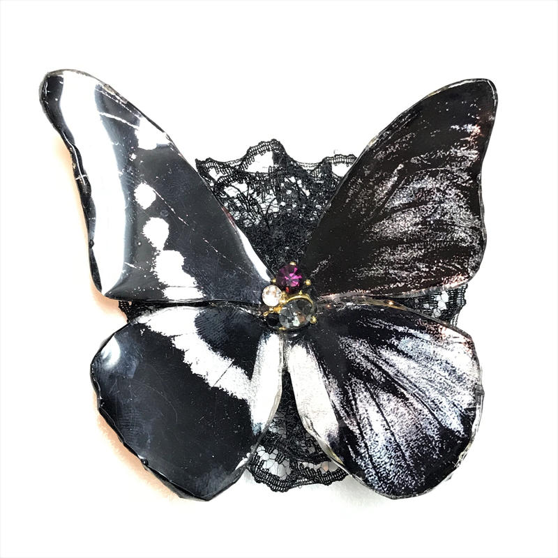 GOTHIC HOLIC/ゴシックホリック 舞い踊る蝶々クリップ 中 黒 193