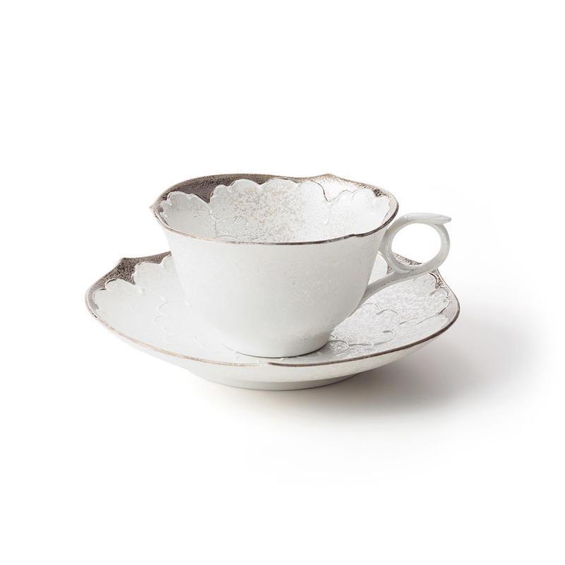 パール牡丹(プラチナ)−輪花− カップ&ソーサー