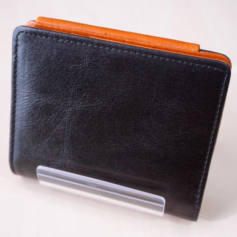 三つ折り財布 牛革 ブラック/ブラウン