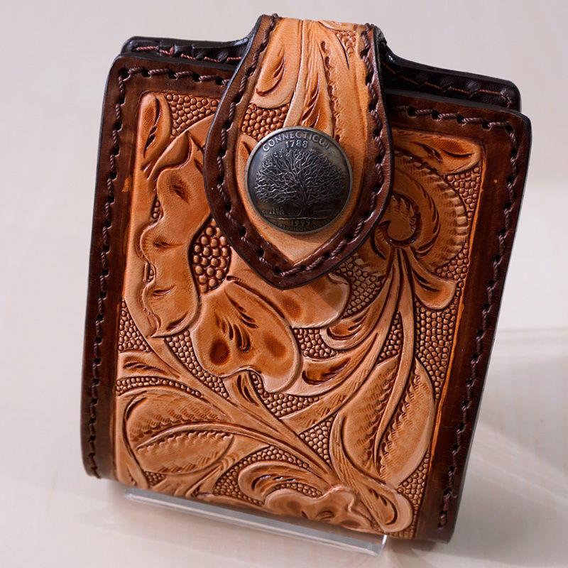 二つ折り財布  フラワー カービング 牛革 ライトブラウン