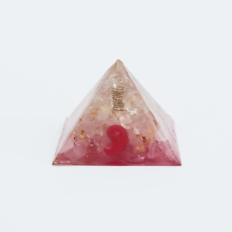 ピラミッドオルゴナイト勾玉 PM16 nohana
