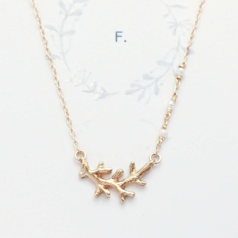 1451 真鍮・小枝のモチーフのネックレス / F.yamaneko