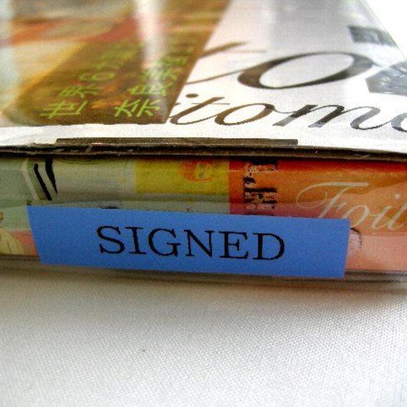 新品・未開封 奈良美智「A to Z」BOOKに自筆サインと ス タ ンプ