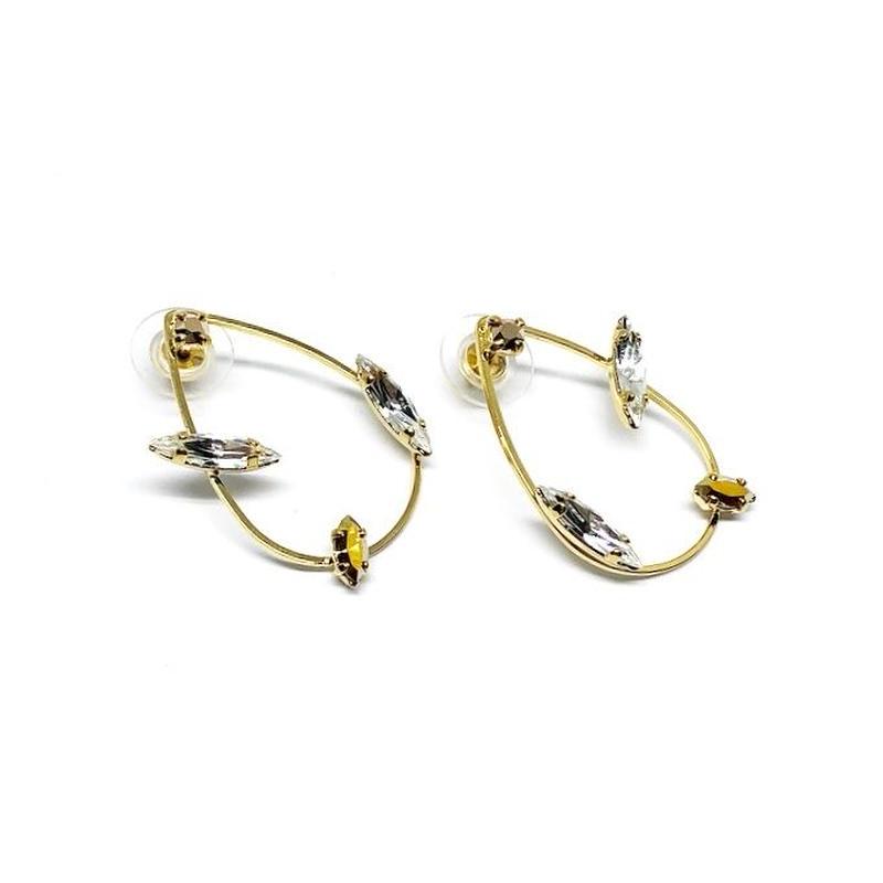 KOTA Pierced Earrings