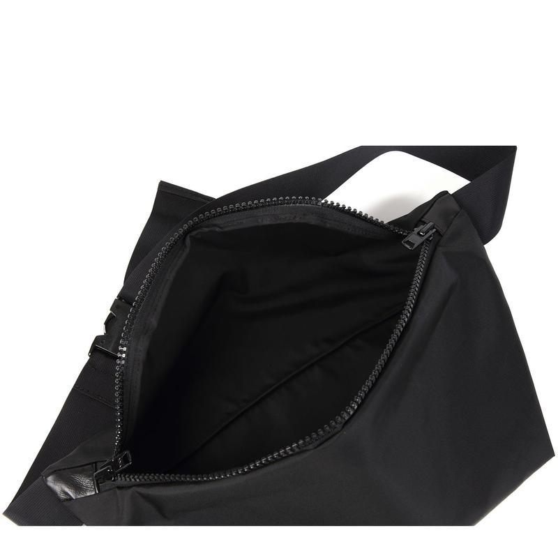 ARUMO  ウエストバッグ L /  ブラック