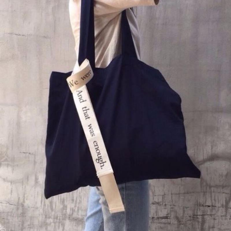 strap tote bag