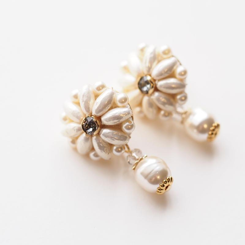 Pearl Flower Pierce/Earring