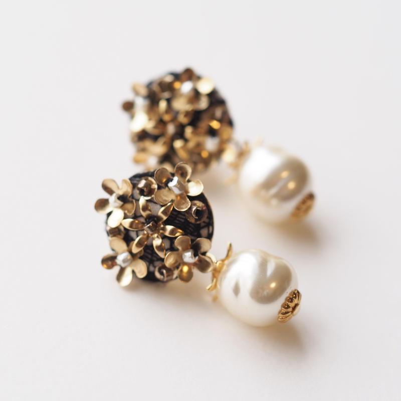 Metal Flower Baroque Pearl Pierce/Earring