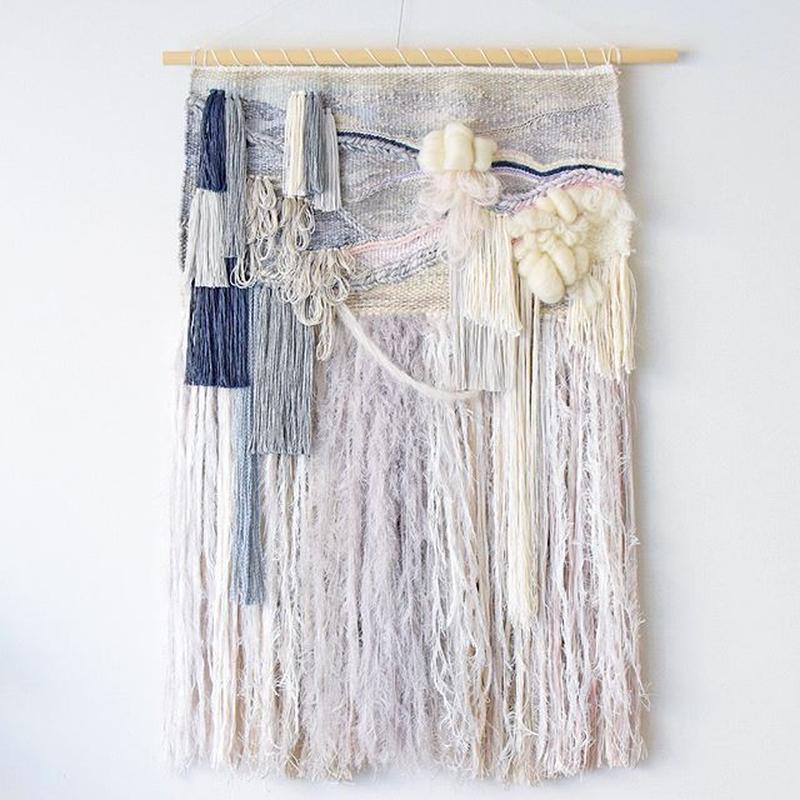 weaving 糸で色を作る-雪-