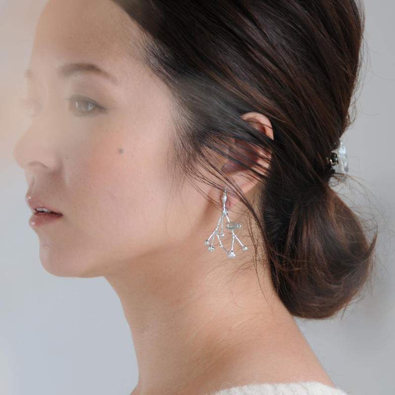 nood // かすみ草のピアス&イヤリング Blurred grass silver earrings