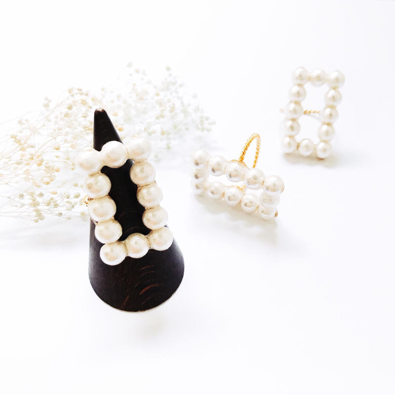 Pearl Ring - Rectangle-