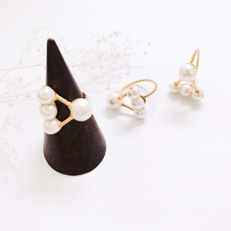 Pearl Ring - no.4 -