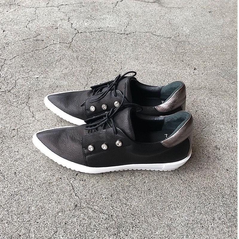 MANA  19SS  596051  BLACK