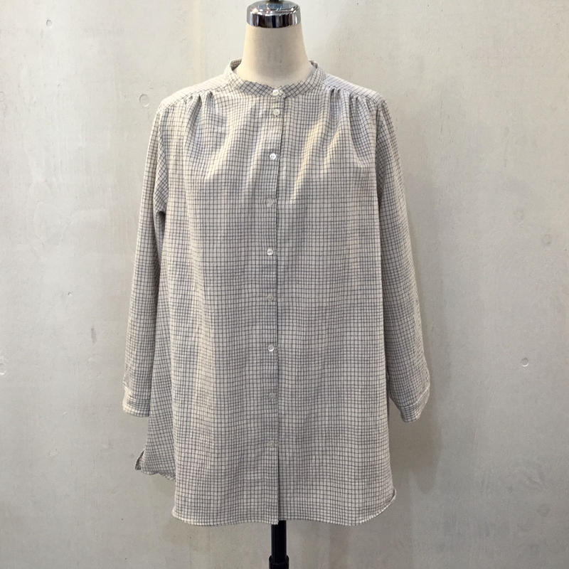 マリイルウシャツ