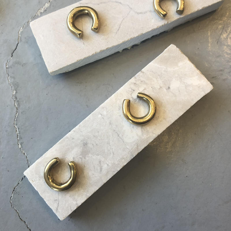 真鍮のイヤーカフ