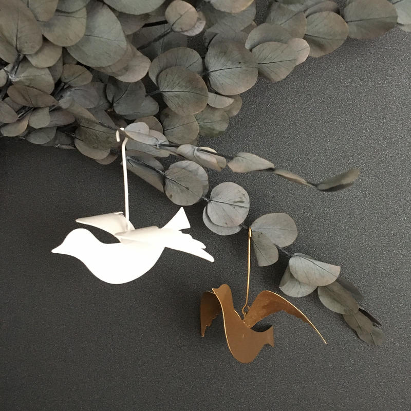 bird iron ornament