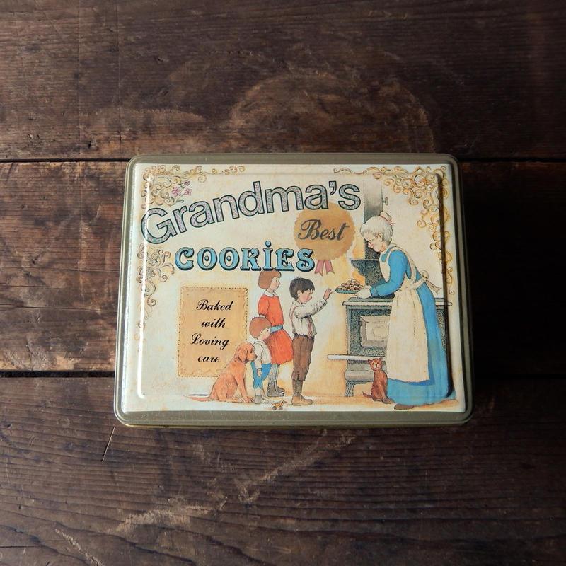 antiques クッキーのTIN缶 from Switzerland