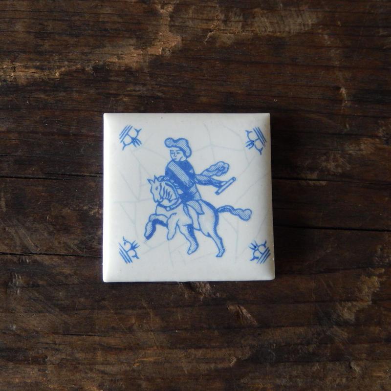 antiques オランダのタイル 馬と人