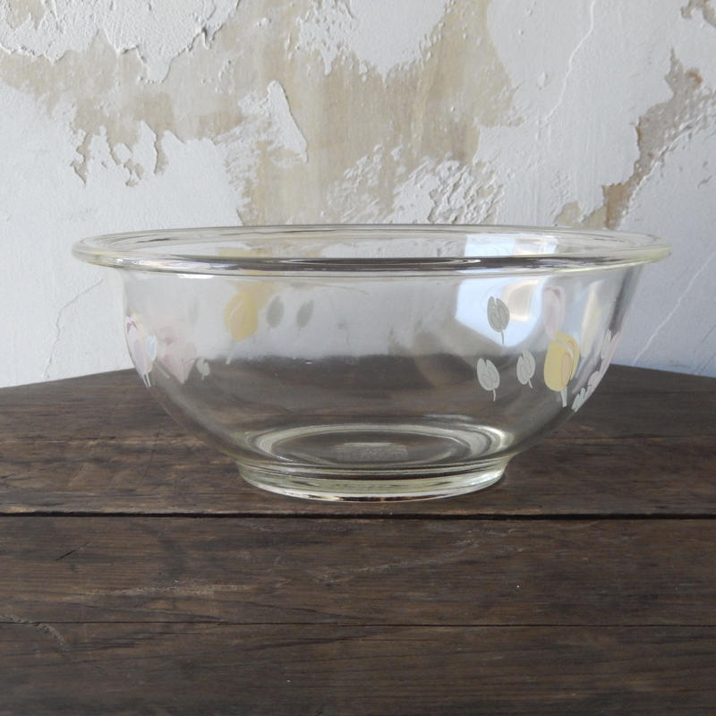 antiques PYREX corning Bowl made in USA