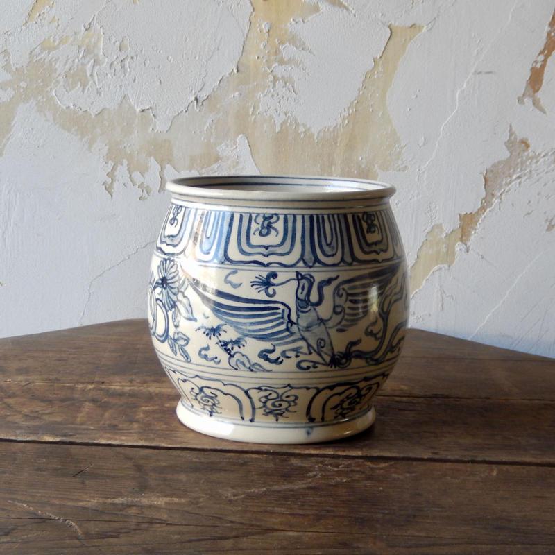antiques 染付 鳥の柄の壺