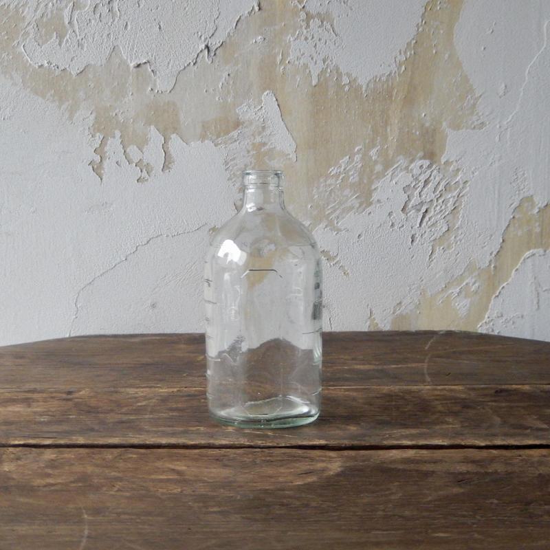 antiques  小さな薬瓶