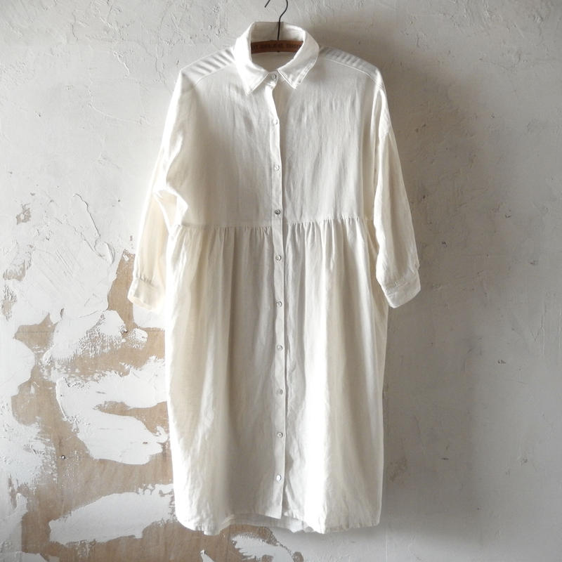 COCOLO White Gathered Long Shirt