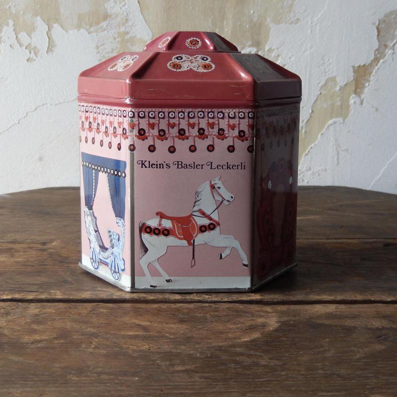 antiques メリーゴーランドのTIN缶 from Switzerland