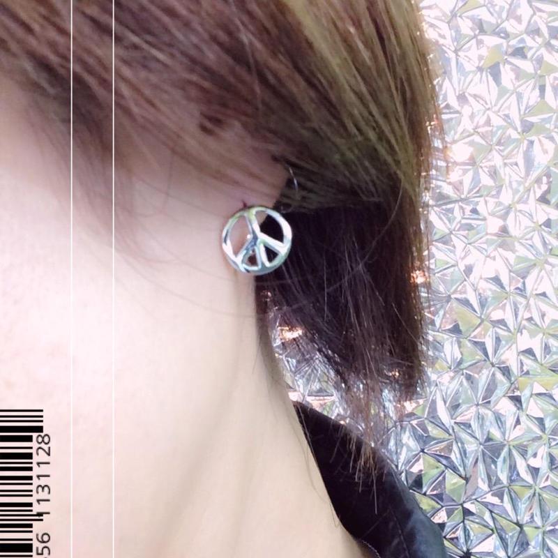両耳用(2個セット) ピースマーク シンプル ミニフープピアス ミニリングピアス シルバー ブラスピアス メンズ レディース アクセサリー