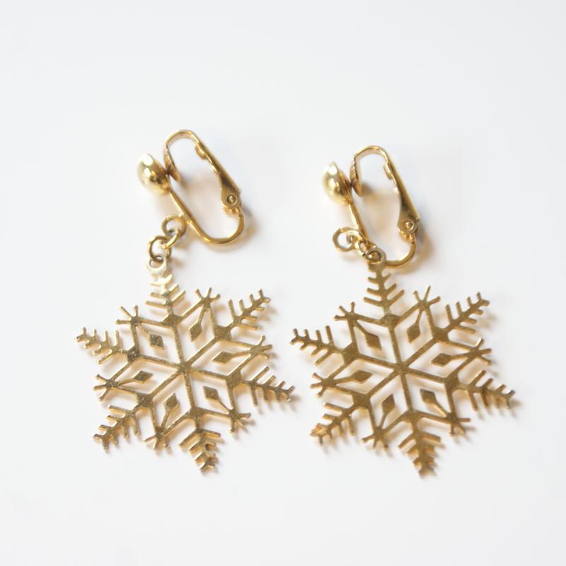 Christmas Special price【スペシャルプライス】AVONエイボン 雪の結晶 ゴールド イヤリング / ヴィンテージアクセサリー