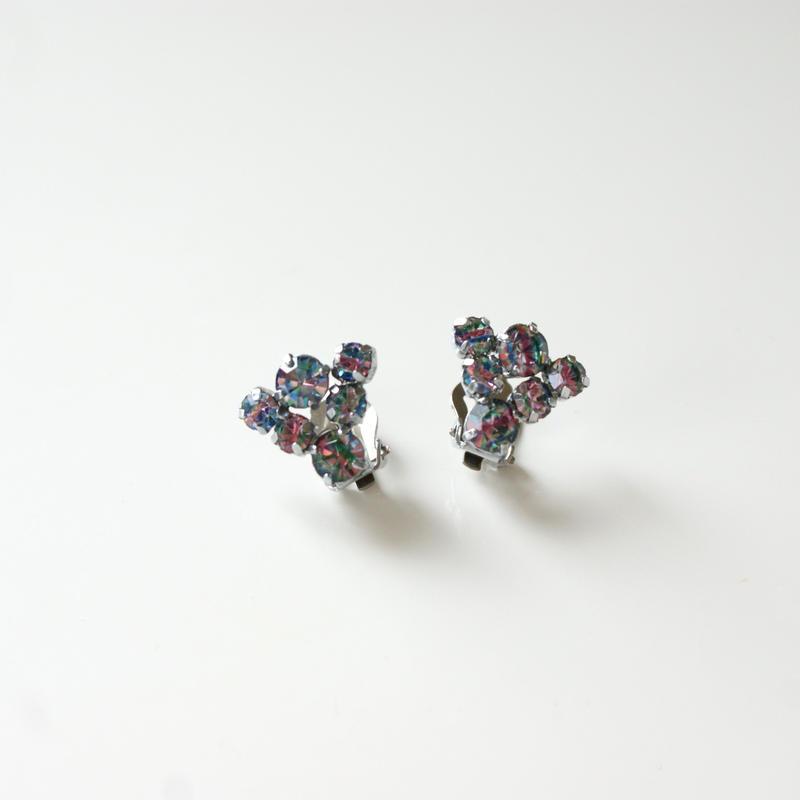 アイリス ガラス ピンク ブルー グリーン トライアングル イヤリング / アンティークジュエリー
